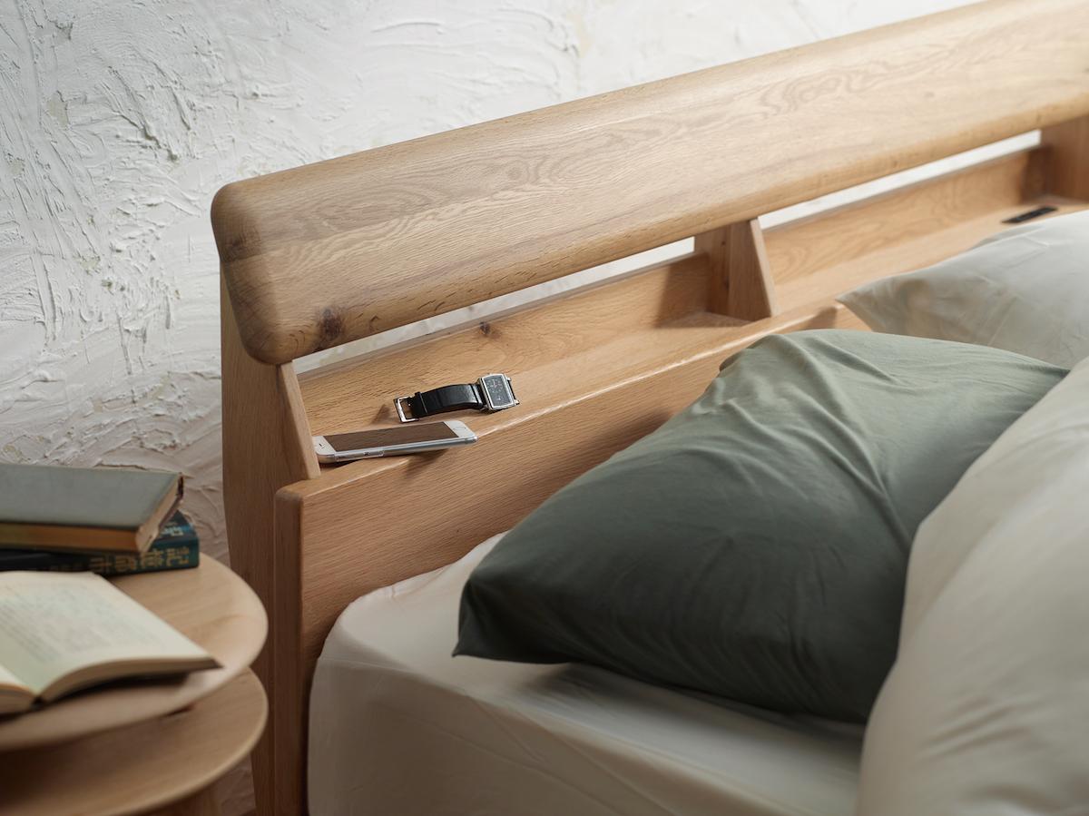 ナラ無垢材ベッドフレームスロースリープ