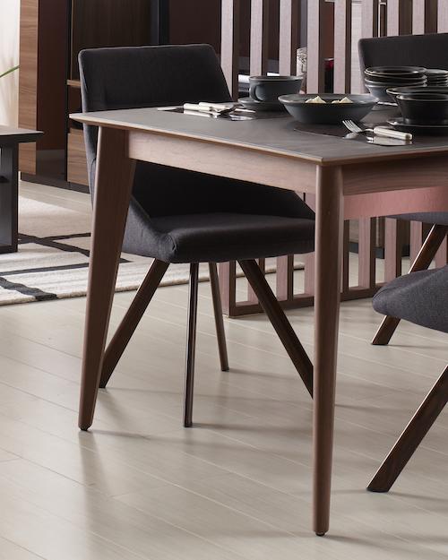 セラミック天板テーブル クオーツの脚