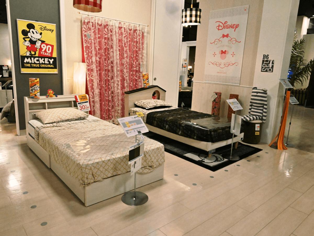 ベッド売場